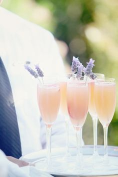 5 Champagne Drinks